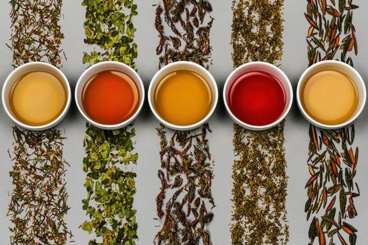 Délice Boréal - Fines tisanes inuites : assortiment - Mélange arctique, Camarine noire, Genévrier, Labrador, Ronce petit-murier.   Délice Boréal - Fine inuit herbal tea : assorted flavours - Arctic blend, Crowberry, Ground juniper, Labrador, Cloudberry.