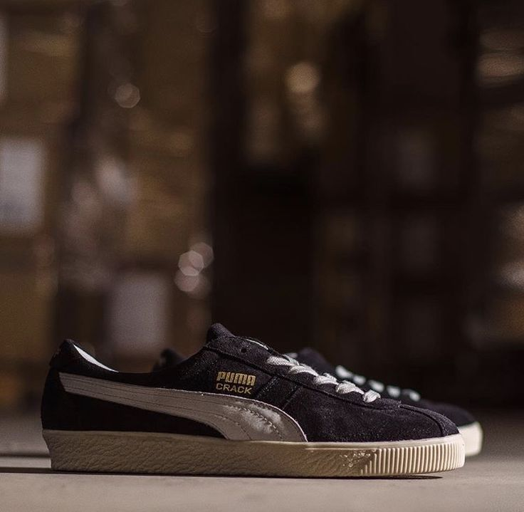 Pin on Sneakers: Puma Suede