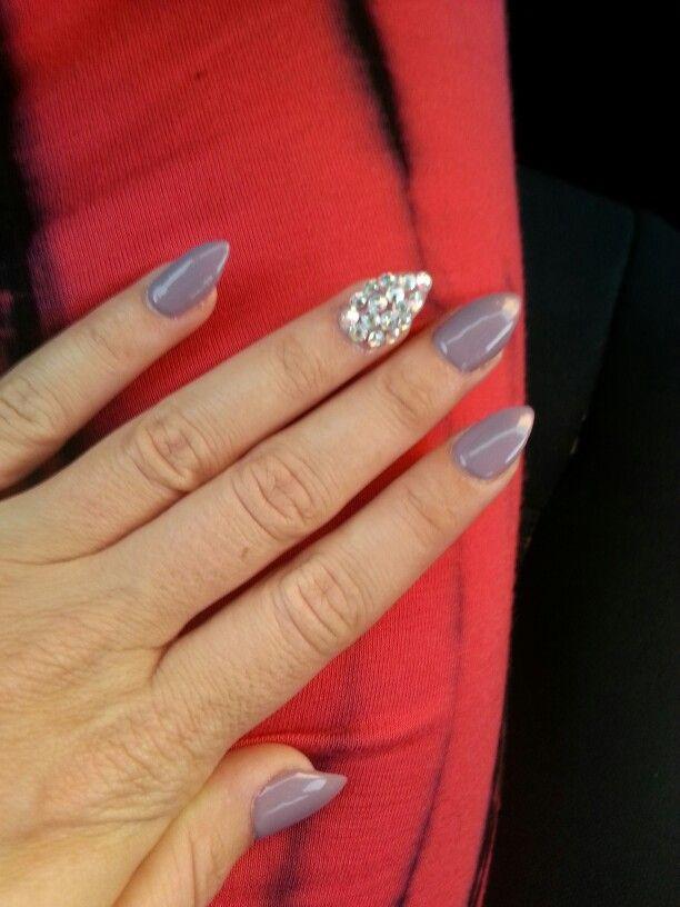 mountain peak nails