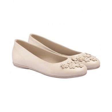 Classic Ballerinas - White  VAPH presents these classic ballerinas for girls - off white body with delicate floral arrangement at the toe end, make for an elegant and girly pair.