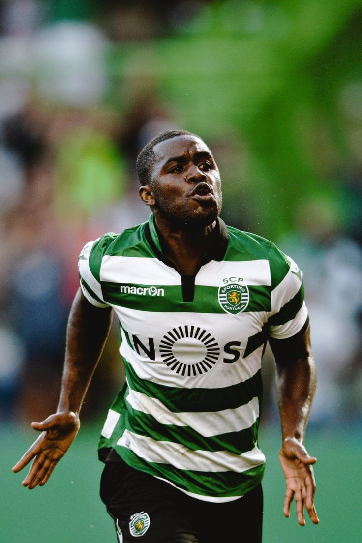 Joel Campbell celebrates scoring for Sporting Clube De Portugal