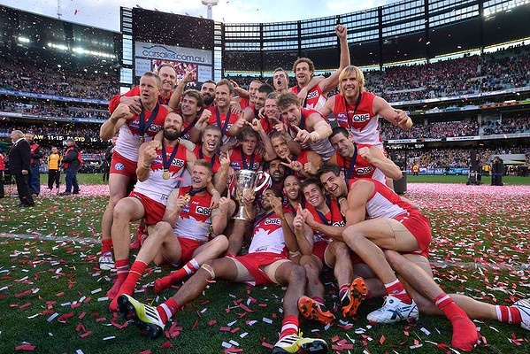 Sydney Swans celebrate their win in the 2012 AFL grand final.            LOVE THE SWANNIES