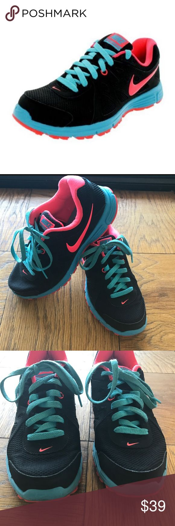 Nike  revolution 2 sneakers size 8.5 woman's 😍 Amazing pair of Nike sneakers in size 8.5 worn only 2 times in great condition light weight and flexible Nike Shoes Sneakers