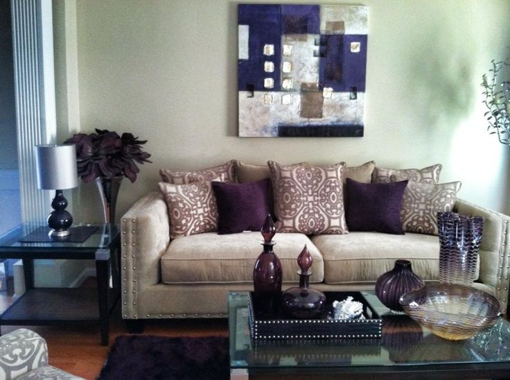 aubergine decor: Future Houses, Eggplants Tones, Colors, Houses Ideas, Allie Houses, Eggplants Green Living Rooms, Ally Houses, Sofas