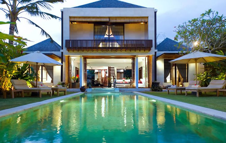 Guests will meet in the lovely open-sided living room fronting the 13 meters pool.  #Balivilla #Balirent #Villarental #Villaforrent #Vacation #Pool