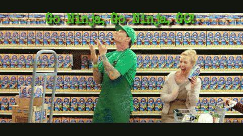 Vanilla Ice goes Ninja on Kraft Mac and Cheese