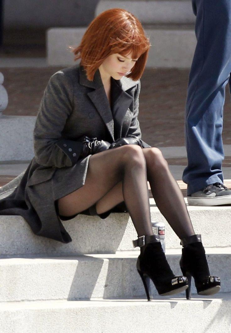 Amanda Seyfried filming In Time in LA, August 8th, 2011