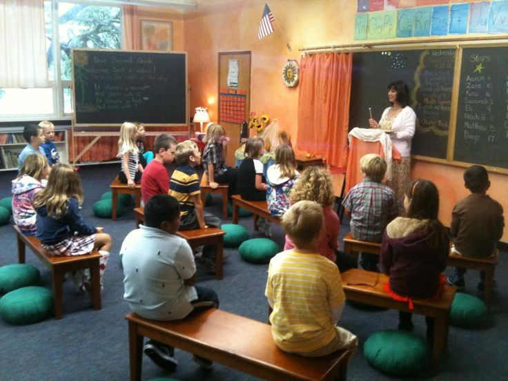 Elementary Classrooms Without Desks ~ Best images about waldorf classrooms on pinterest