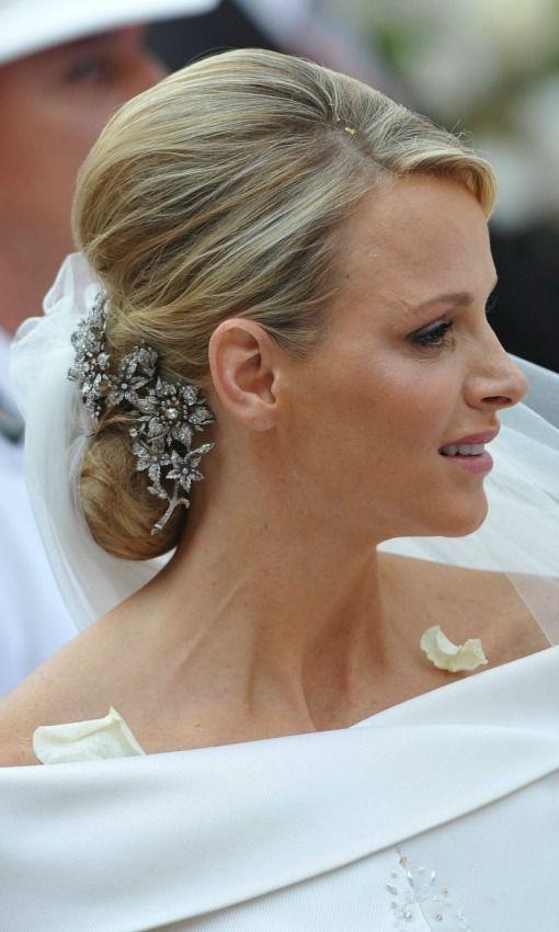 Diez tendencias 39 beauty 39 para novias 39 royal 39 foto 6 el - Monos bajos novia ...