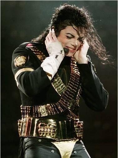 ♥Michael Jackson♥ no aguanta la musica  Justin beiber yo hodio a este justin beibet