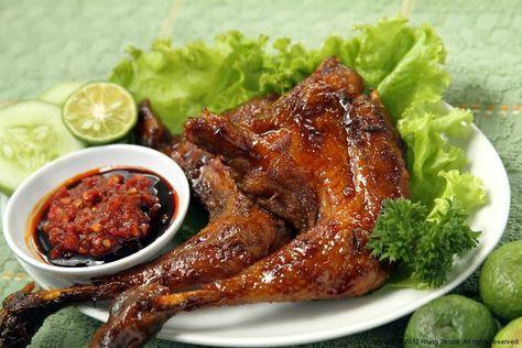 Resep ayam bakar yang sangat mudah dan sangat enak untuk dipraktekkakn di dapur rumah kalian.