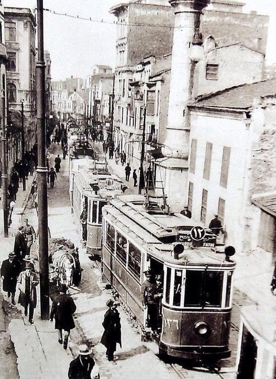 Geçmişi kovalarken #Sirkeci (1920ler) #istanlook