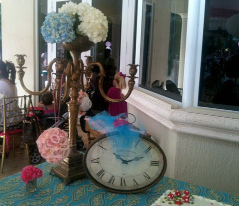 Alice In Wonderland Centerpieces Party Ideas
