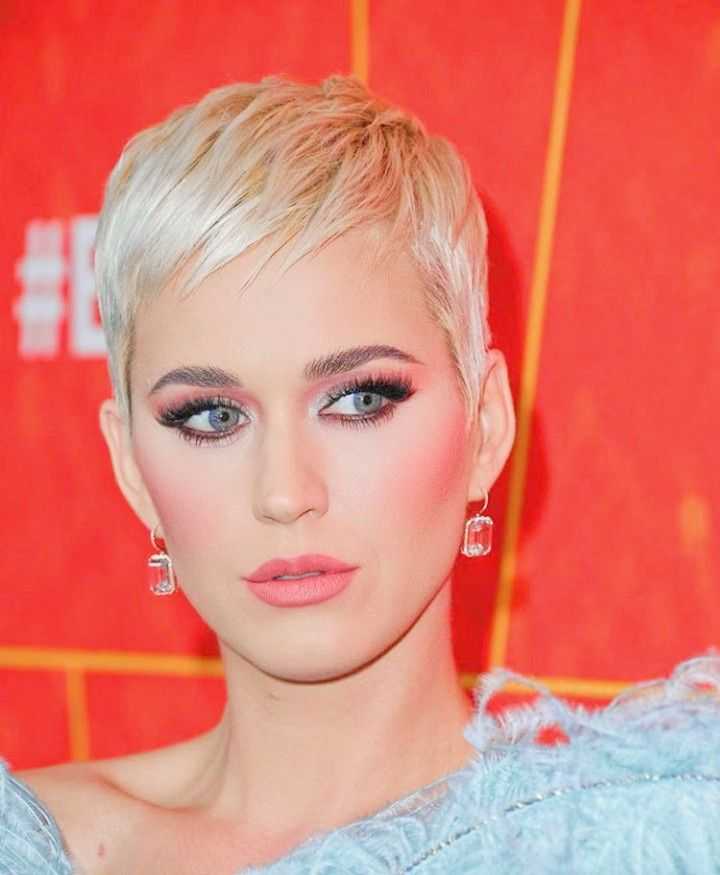 celebrities with short hair styles this those perfection katy perry in 3762 | 3e456fbccc8ea806e3762e45b7d11aa9