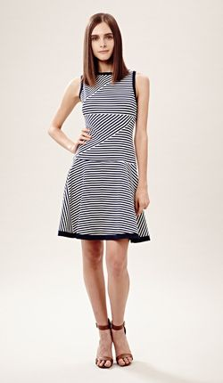 Ooh la la! Navy and white nautical stripes. A Spring 2014 trend to see.