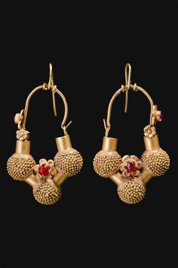 Northwest India | Earrings from Rajasthan | ca. 1st half of the 20th century.