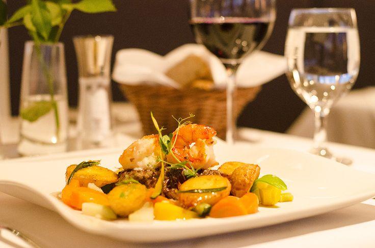 Genießen Sie zur Festspielzeit Exquisites, Saisonales und Außergewöhnliches mit köstlichen Speisen im IMLAUER Sky - Bar & Restaurant in Salzburg