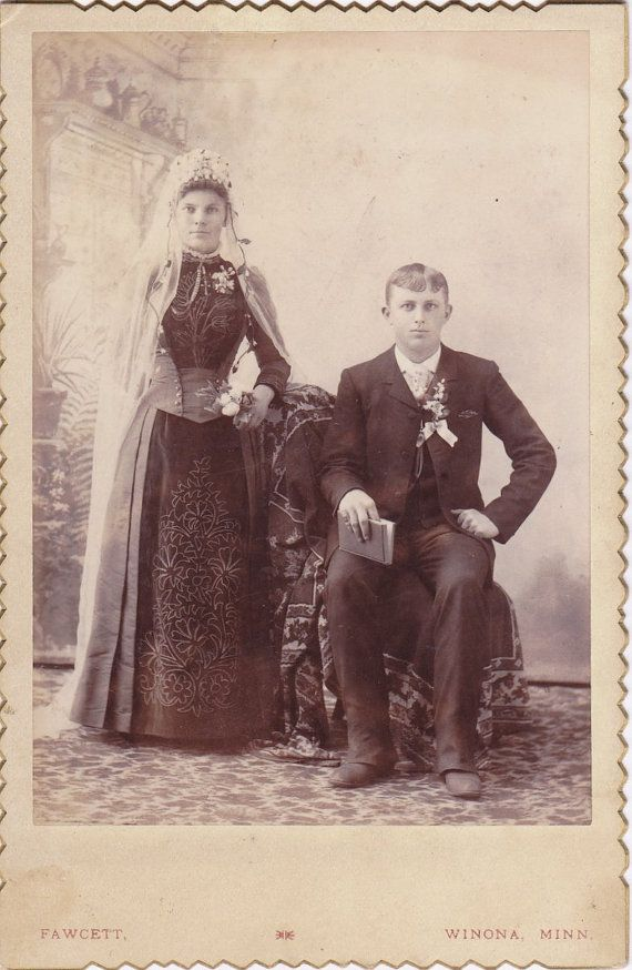 victorian weddings essay Explore lois benson's board victorian weddings on pinterest | see more ideas about victorian, victorian era and victorian fashion.