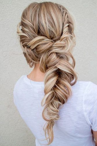 fishtail | side braid | ponytail | blonde highlight | long hairstyle | with hair extensions