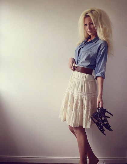 blue jean shirt & lace skirt. not much for the hair. lol