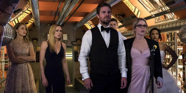 The annual Arrow-verse crossover on The CW is only days away, and Arrow star Stephen Amell has revealed just how the crossover is like the Super Bowl.