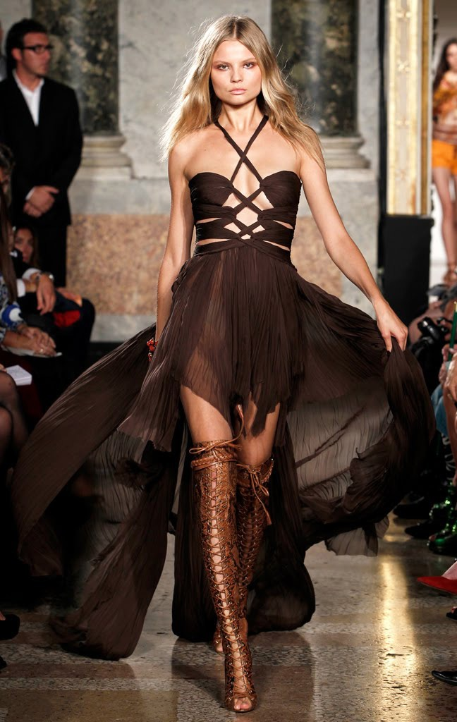 love the brown...and the boots...check out those boots! Emilio Pucci Spring Summer 2011