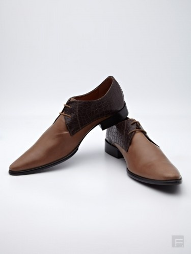 40% Off on Two Tone Blucher Shoes @2096