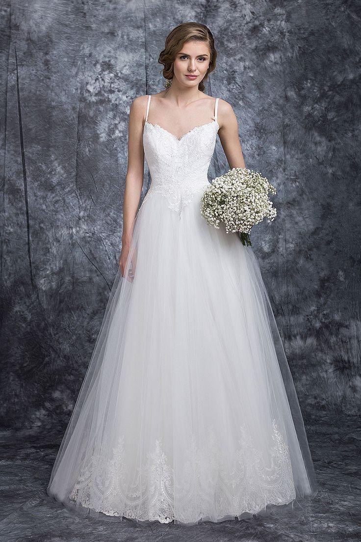 ❤ rochia de mireasa Irina ❤ cu bretele spaghetti si decolteu discret, realizata din dantela de lux, este perfecta pentru orice nunta, indiferent ca este clasica sau moderna. #rochie #mireasa #nunta #weddingdress #bridetobe #bride #gown #white #rochiedemireasa #rochiemireasa #rochiedemireasa Casa Vogue Mariage