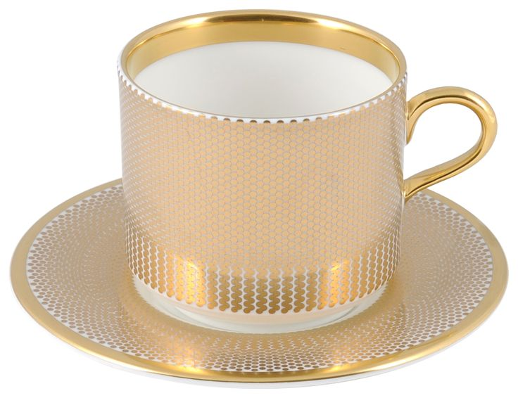Latte Cup & Saucer taken from the classy 'Benday Gold' range, hand finished with 22kt Gold gilding. Hand made in Stoke-on-Trent, England. A collection that is inspired by Benjamin Day: 'our homage to the dot'. Handwash Only, Fine Bone China. Latte Cup can be used for whatever takes your fancy. Find out more here: https://thenewenglish.co.uk/collections/benday-gold  #TheNewEnglish #Benday #Gold