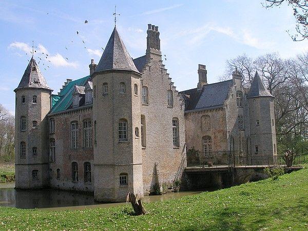 8 best chateau en flandre française images on Pinterest | Chateaus ...