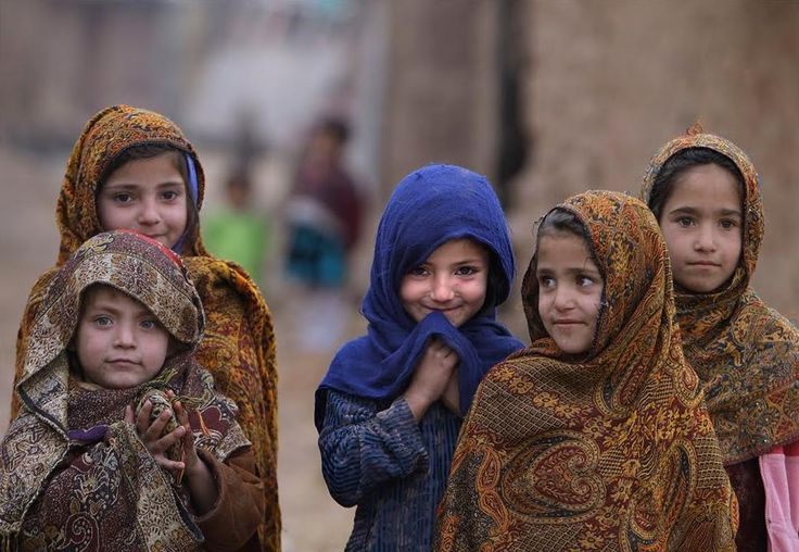 that. smile.: Afghans Girls, Little Girls, Funny Pics, Hilarious Memes, Girls Generation, Funny Pictures, Smile, Young Girls, Kid
