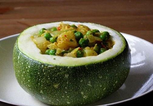 Ricette dietetiche: piatti salutari di verdure come questa ricetta di cestini con zucchine! Scopriamo tutte le ricette dietetiche consigliate da Arturo! http://www.arturotv.tv/dietetiche/ricette-dietetiche-cestini-di-zucchine