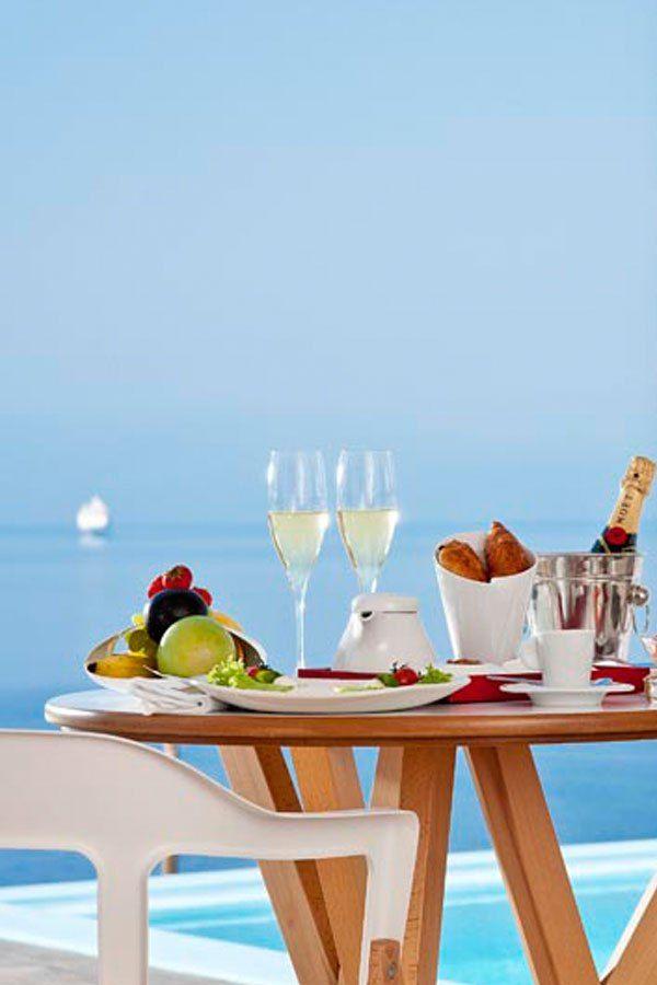 Champagne Breakfast in Mykonos