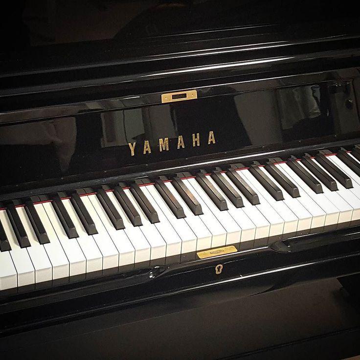 . . . #piano #yamaha #upright #uprightpiano #music #classical #jazz #lyrical #opera #teather #pianoplayer #pianist #keyboard #keyboardplayer #keysuniversity #teatrocolón #teatrocolón #buenosaires #argentina