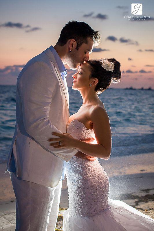 Karine and Dave / Mariage Sud / Dreams Palm Beach Punta Cana – Jellyfish restaurant / Destination wedding