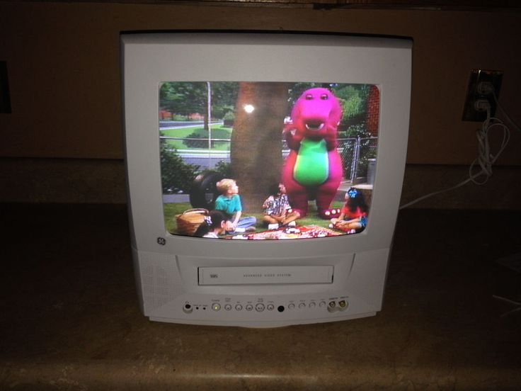 """GE 13TVR62 13"""" CRT TV VCR Combo Color Television VHS VCR Combo Swivel base #GE"""