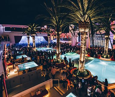 """America's """"our"""" Coolest Rooftop Bars: Drai's Beach Club at the Cromwell, Las Vegas"""
