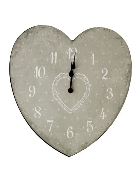 OD965-Bulk Buys OD965 Heart Shape Wall Clock Buy It In Bulk - Bringing the Warehouse Club experience straight to your door
