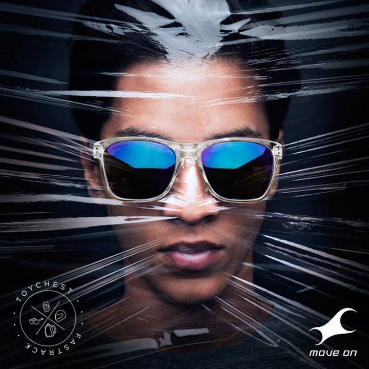 Hold your breath. #Toychest #WorldSunglassesDay http://fastrack.in/products/sunglasses/sku-p290bu2/