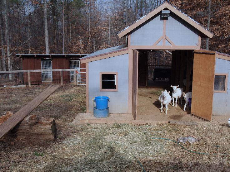 Pin By Megan Baker On Farmin Goat Barn Goat Shelter