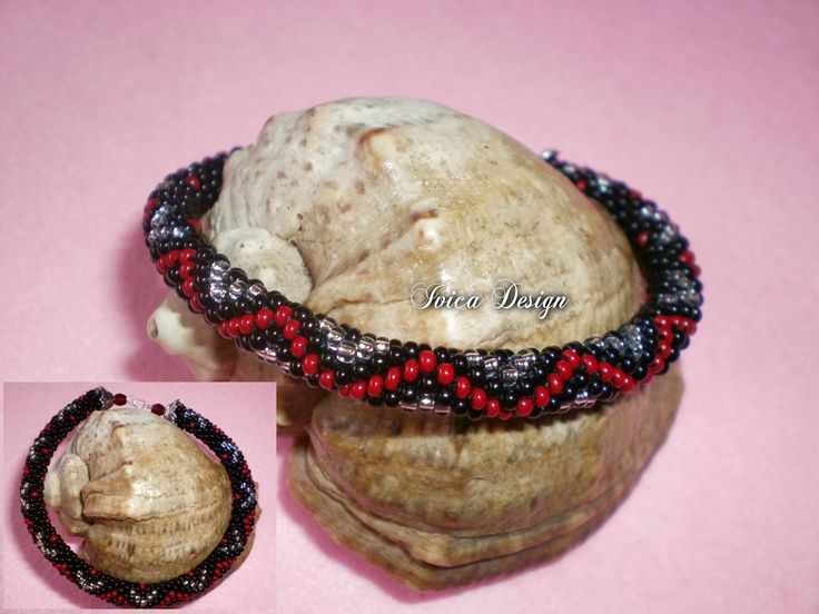 Red-silver waves bead crochet bracelet <3 Find my bead dreams on: https://www.facebook.com/IvicaDesign/