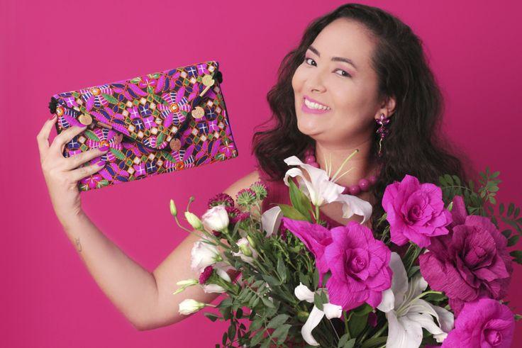 Editorial Beleza Pura  Homenagem ao dia internacional da mulher #fashion #trend #flowers #pink #latina #plussize #sweetgirl #brazil #pinkfashion #pinkflowers #minimalista #acessóriosfemininos #acessórios #acessories #lookdodia #floresrosa #rosa #flores #belezapura