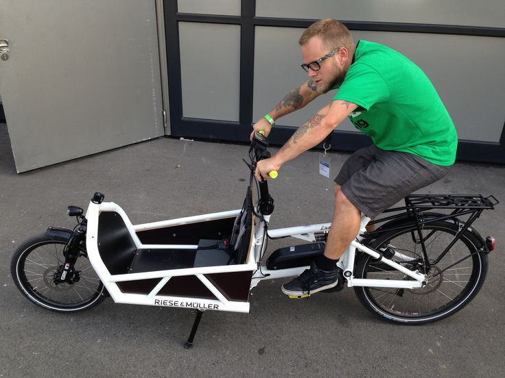 WeLoveCycling editor Adam trying a cargobike.