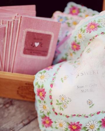 "Embellished vintage handkerchiefs with an iron-on ""Love Is Sweet"" design: Love Is Sweet, Vintage Books, Handkerchiefs Favors, Wedding Ideas, Real Wedding, Parties Favors, Vintage Handkerchiefs, Retro Vintage, Embellishments Vintage"