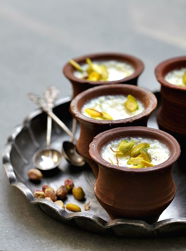 Saffron Pistachio Rice Pudding #vegetarian #dessert #ricepudding #sweet