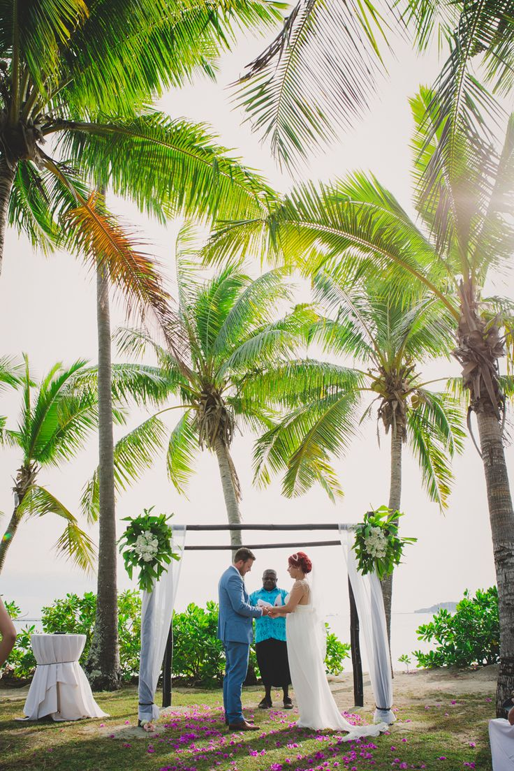 LOVE IS SWEET PHOTOGRAPHY - DESTINATION WEDDING FIJI : BIANCA AND DAN