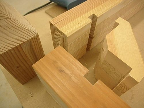 Recycled wood outdoor table donelockingcornerblocks