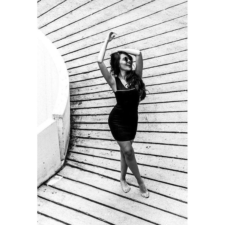 So crazy  #15 Geraldine Rojas. #FAMISHED   #500pxrtg  #blackandwhite #bnw #monochrome #socialenvy #shopstemdesigns #instablackandwhite #monoart #insta_bw #bnw_society #bw_lover #bw_photooftheday #photooftheday #bw #instagood #bw_society #bw_crew