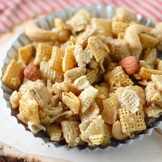 Sweet and salty snack mix inspired by favorite fall flavors. Easy to make and absolutely delicious.