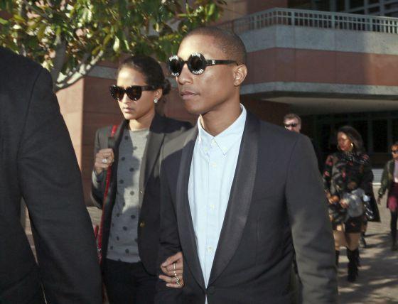 Robin Thicke y Pharrell Williams, condenados por plagio a Marvin Gaye  http://cultura.elpais.com/cultura/2015/03/11/actualidad/1426030050_339310.html?rel=ult